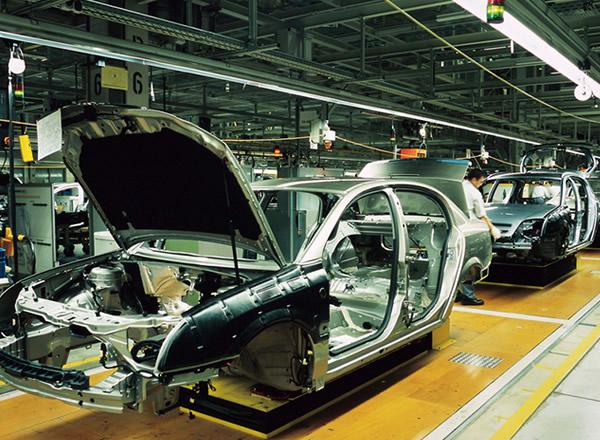 四輪・二輪自動車・産業用車輌製造業